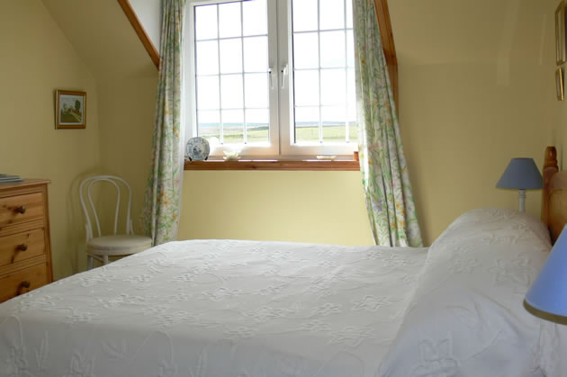 Double bed in our Yellow room - Caithness Bed and Breakfast in Highland Scotland